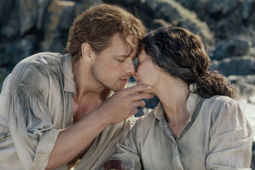 Sam Heughan as Jamie and Caitriona Balfe as Claire in Outlander