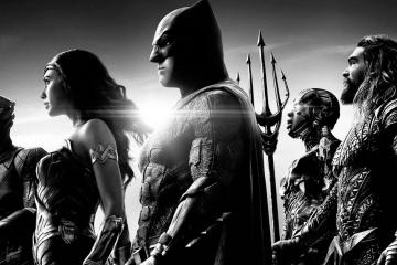 Promotional image of the superhero team from The Snyder Cut of the Justice League movie